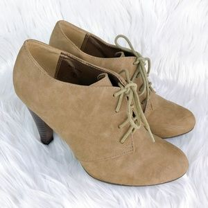 Lave Up Booties